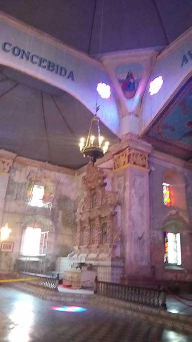 ボホール島の現地ツアー バクラヨン教会