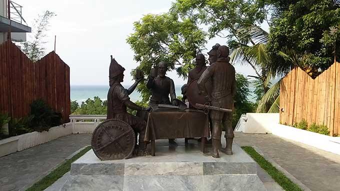 ボホール島の現地ツアーでターシャを見る