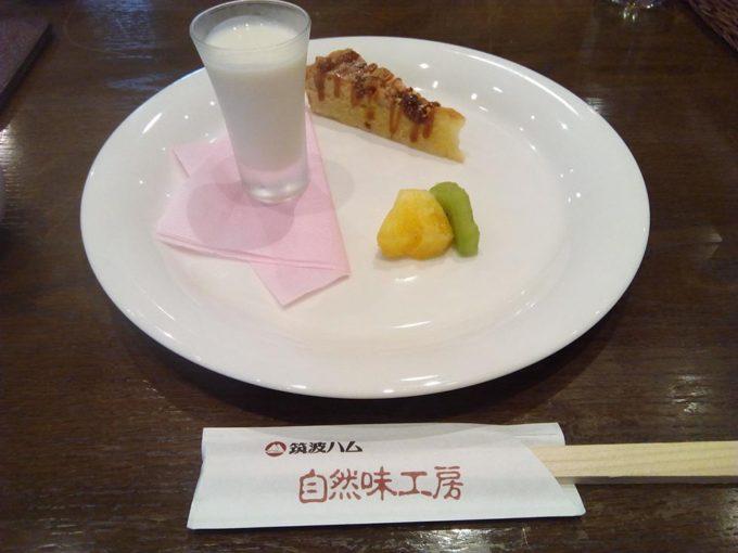 車でしか行けないレストラン関東 筑波ハムのデザート